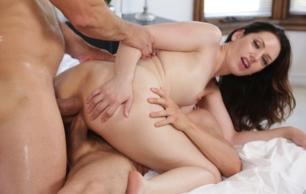 Sarah shevon threesome
